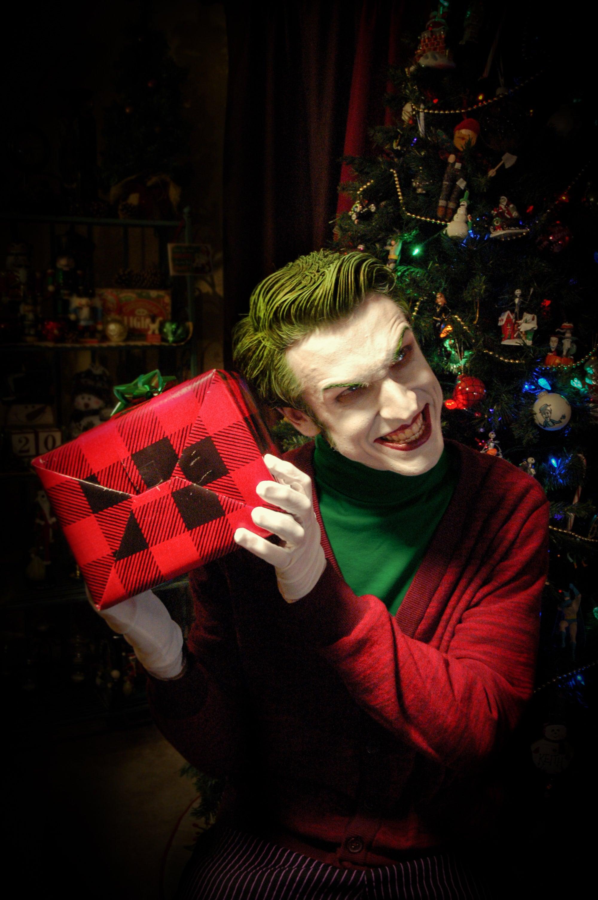 The Joker Wishes You All A Very Scary Christmas | Kotaku Australia