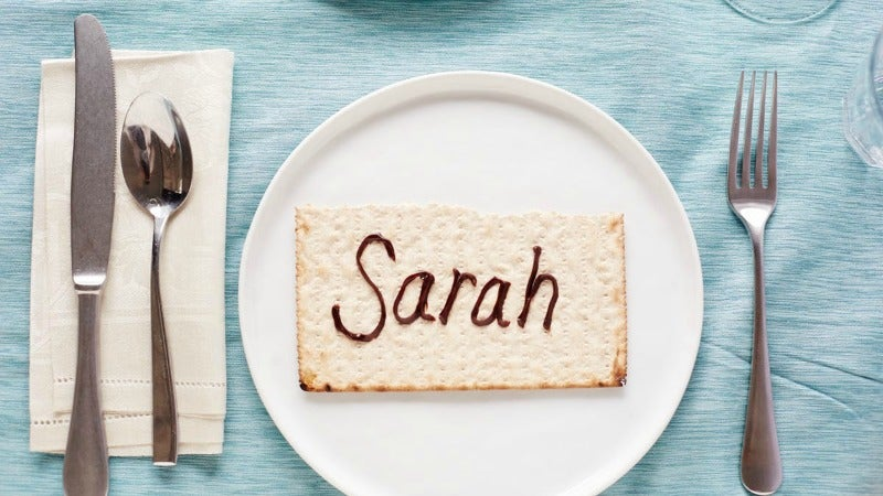 Matzo Place Cards Make Your Passover Seder Table Less Awkward And More Adorable