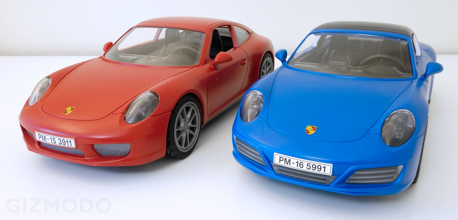 the best car reveal this week might be playmobil 39 s gorgeous new porsche 911 targa 4s gizmodo. Black Bedroom Furniture Sets. Home Design Ideas