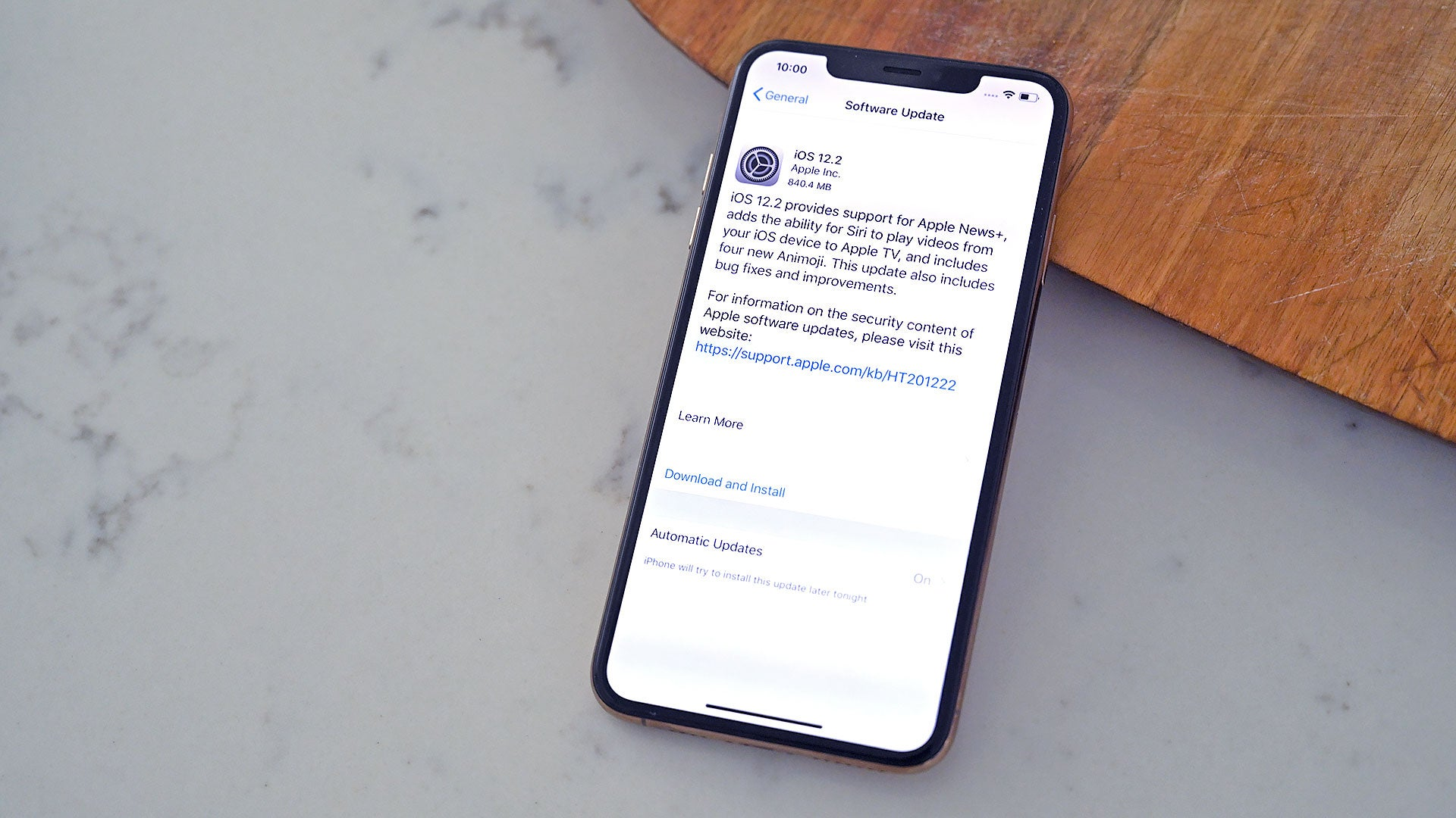 You Need To Update To IOS 12.2 Right Now To Fix More Than 50 Security Holes