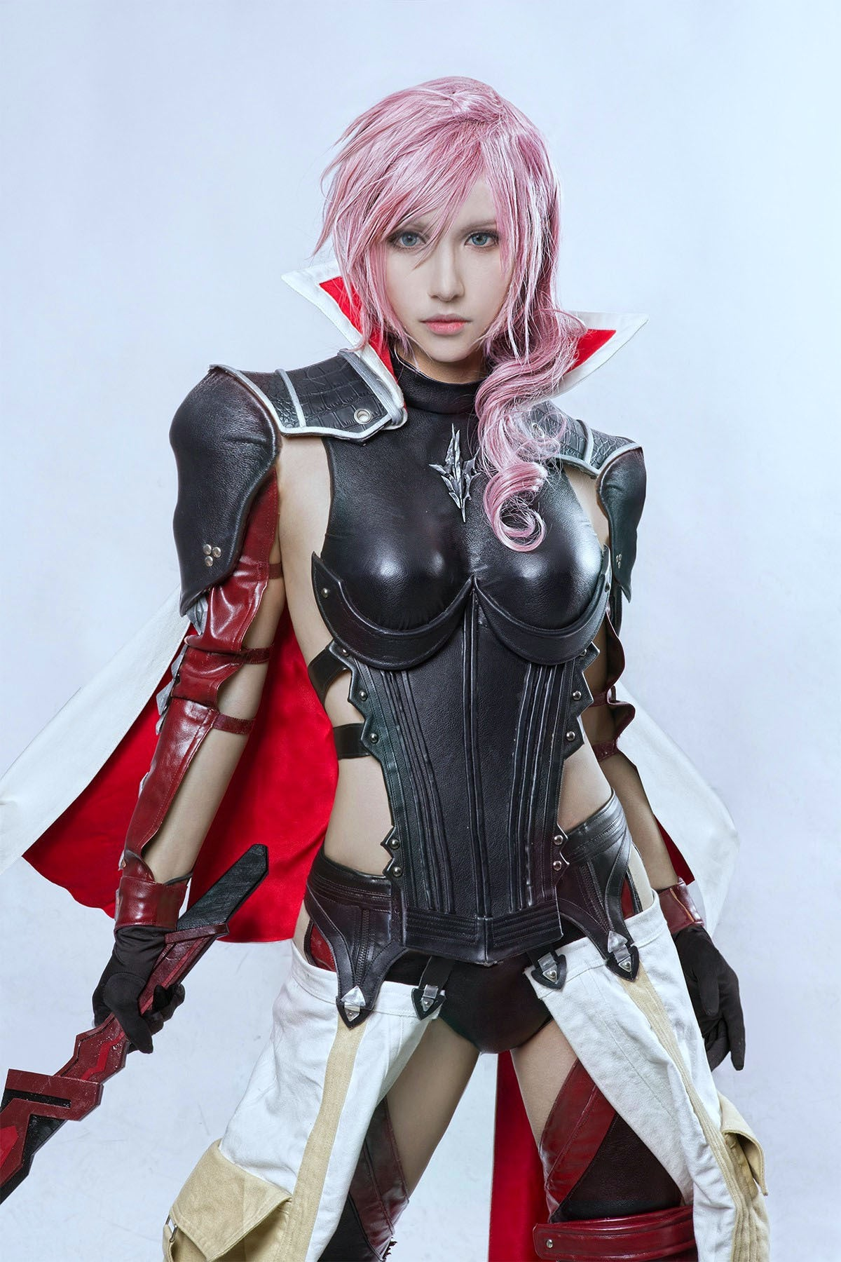 Spectacular Final Fantasy Cosplay Looks Like A Screenshot