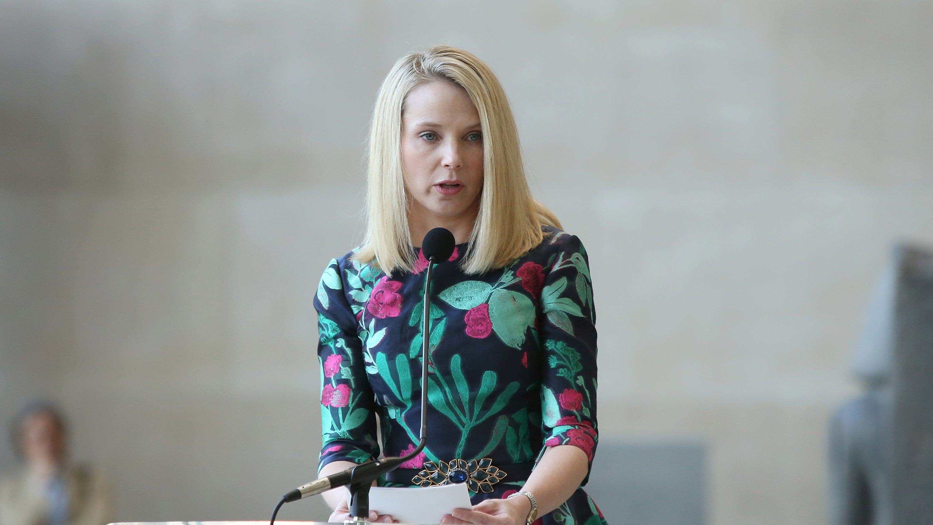 Yahoo CEO Marissa Mayer continues to stack up piles of cash, despite her  veritable failure to rescue the company from a pile of its own rot.