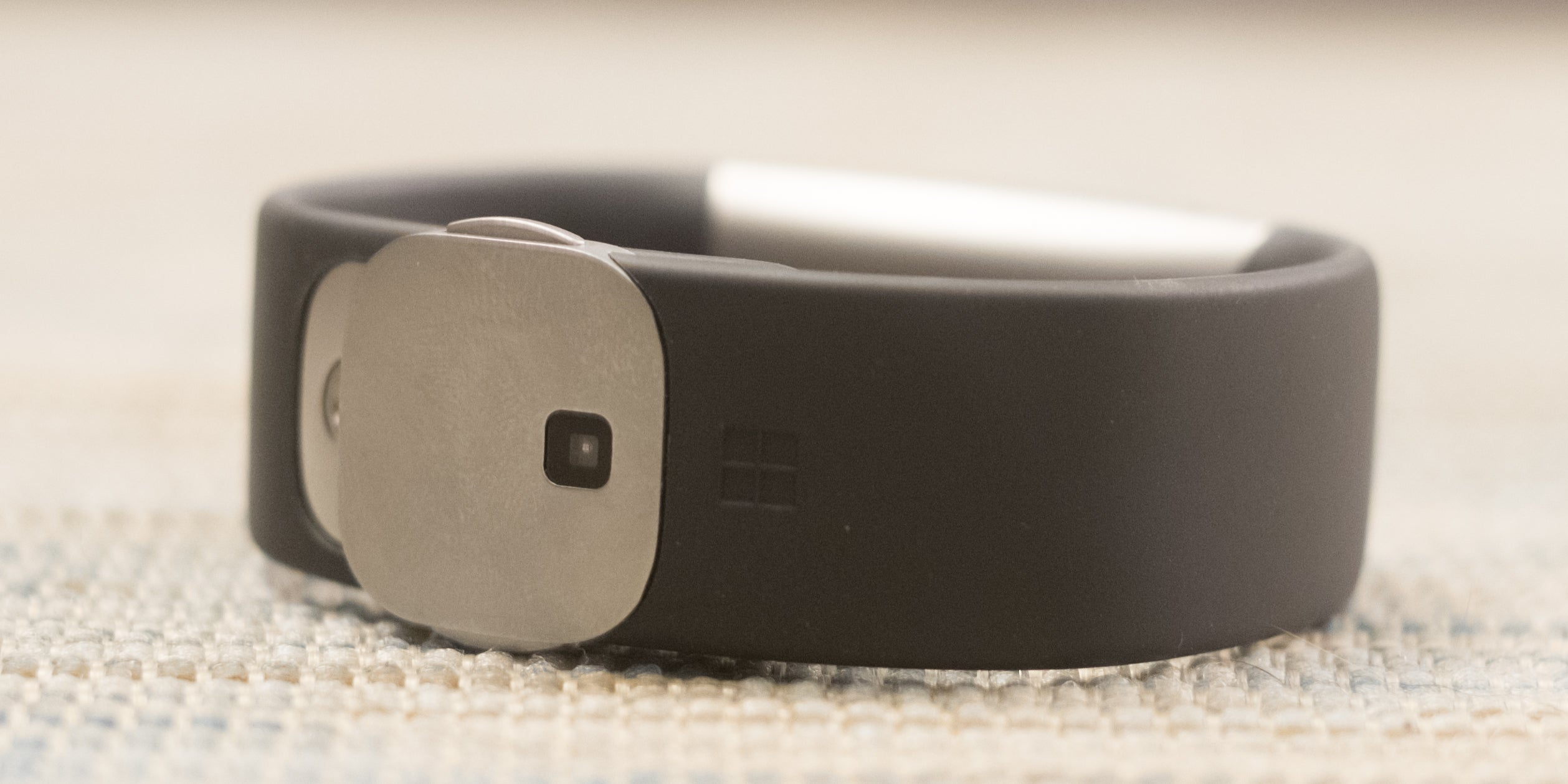 Microsoft Band 2 Review: Ugly, Uncomfortable, but Great for Workouts