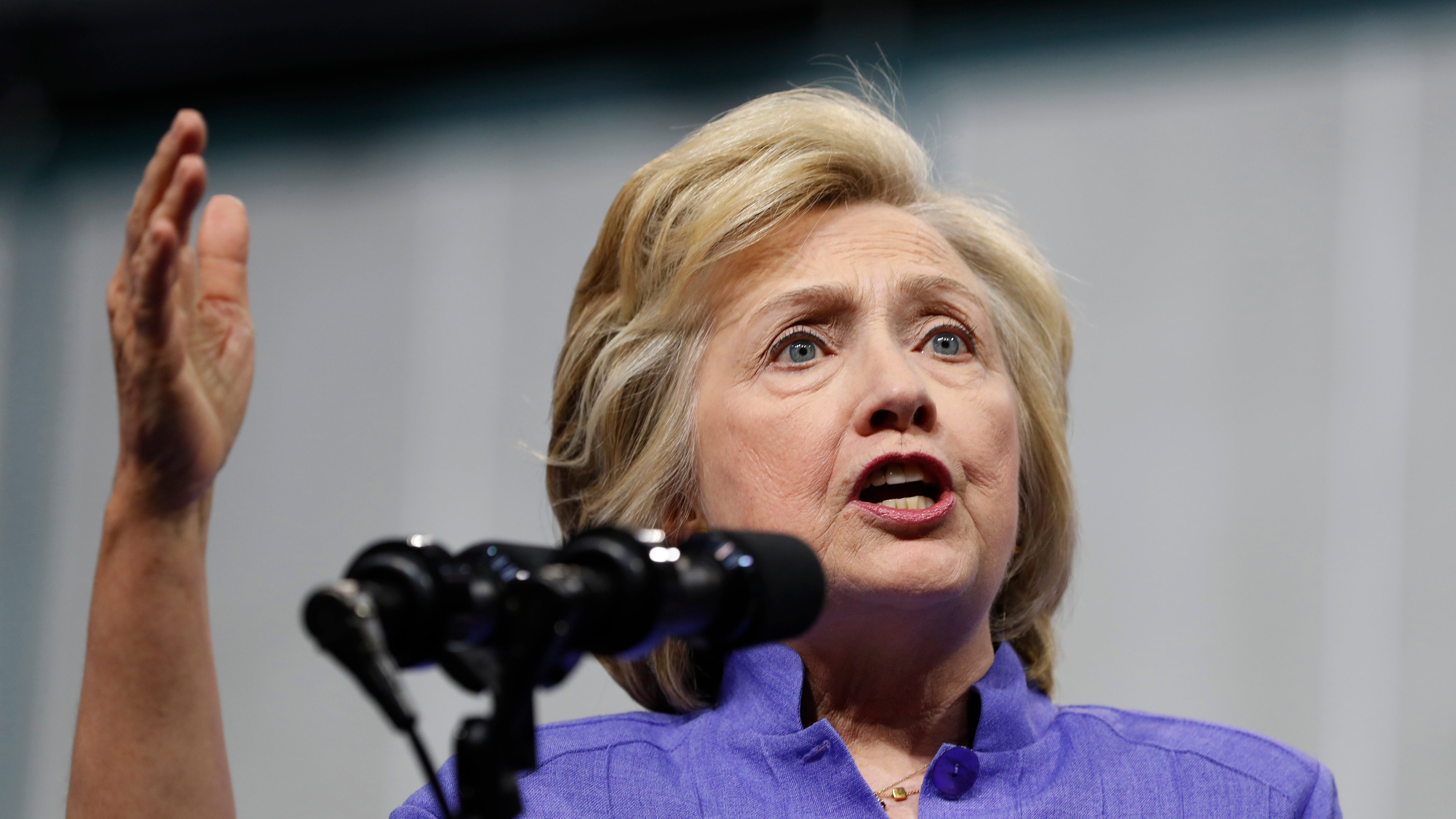 Hillary Clinton's Email Scandal Just Got Scary Again