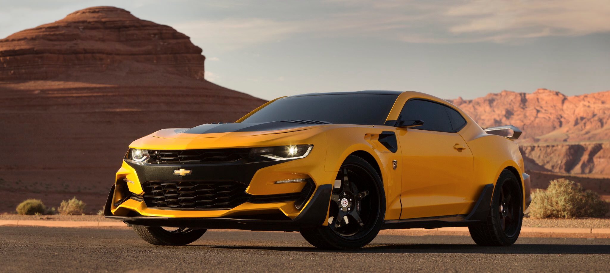 Michael Bay Shows Off Bumblebee's Latest Wheels