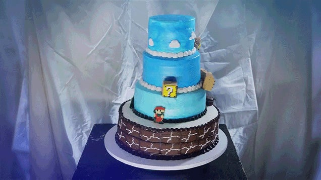 This spinning cake recreates Super Mario Bros. perfectly