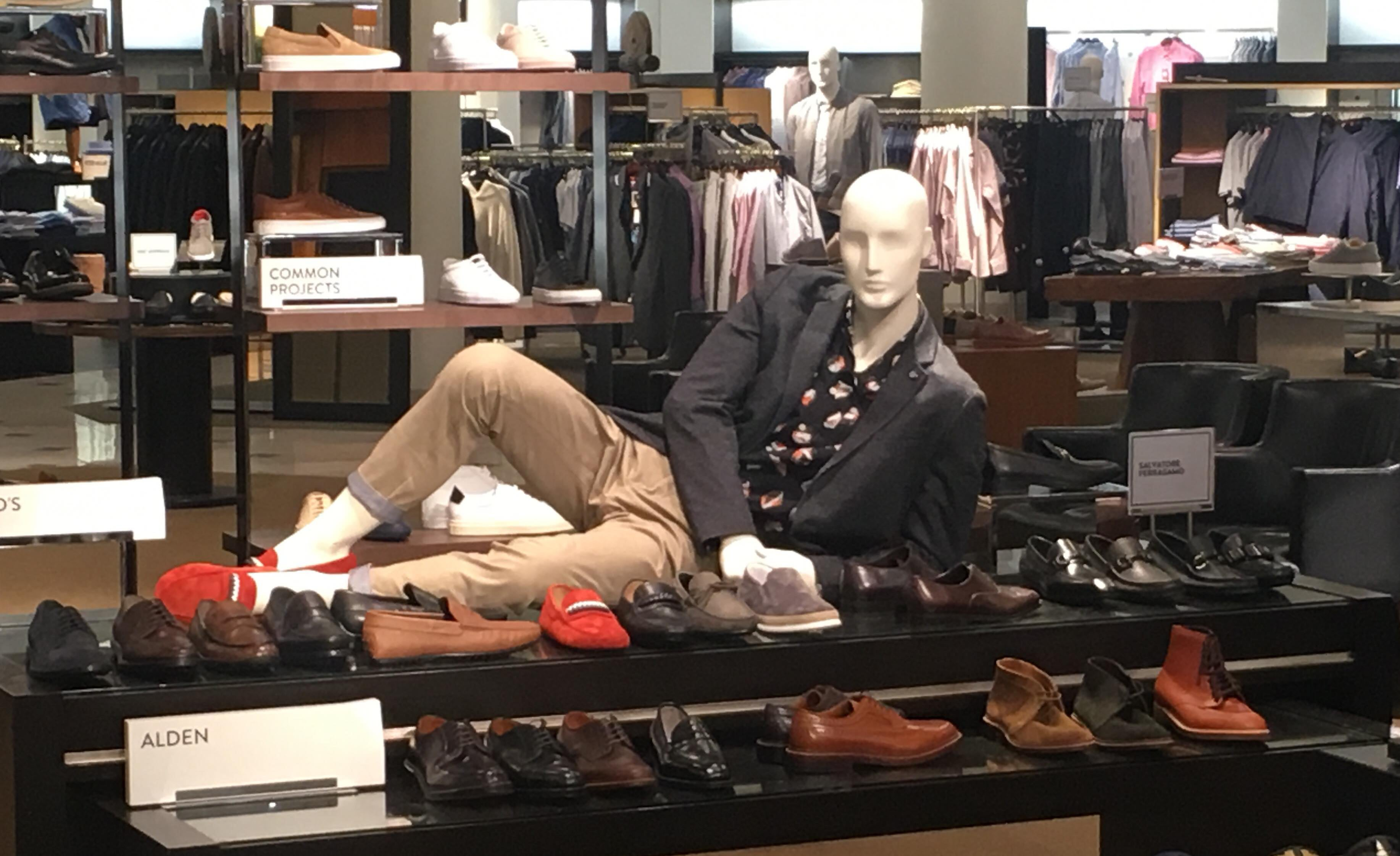 To Understand Twitch's New Dress Code, I Went To A Mall