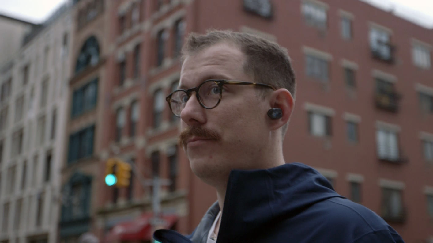 b1b34b76899 ... an earbud being lost forever. One Gizmodo writer experienced this very  horror when a bud dropped from his ear down a storm drain. He never saw it  again.