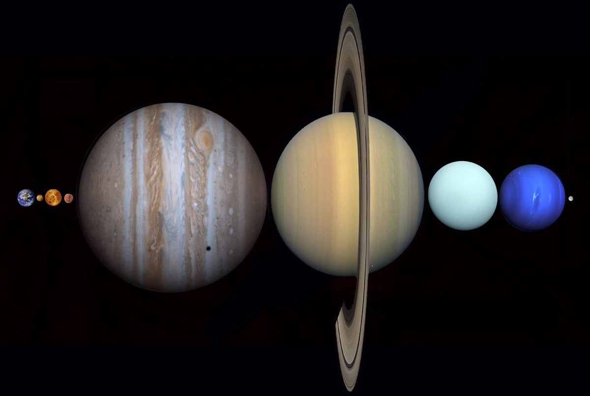 All the planets in the Solar System fit between the Earth and the Moon