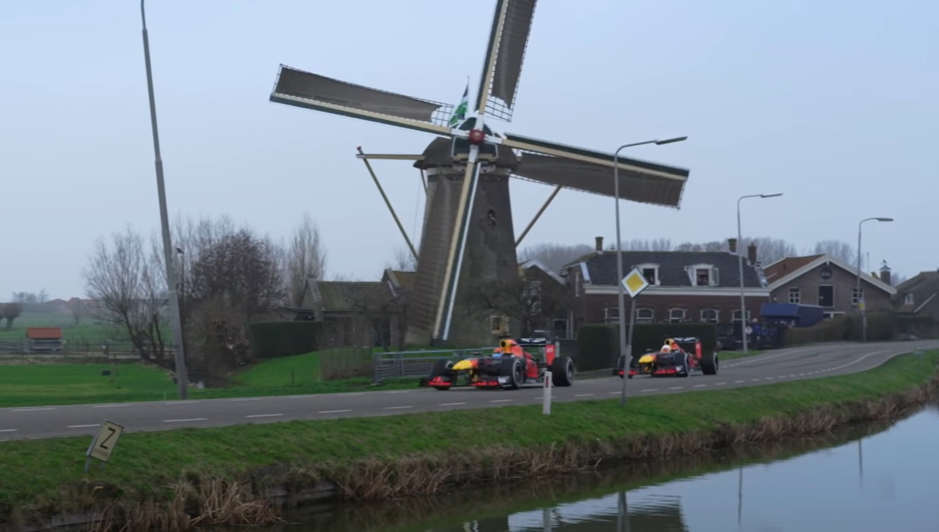 Watch Red Bull's F1 Drivers Take A Tour Of The Netherlands