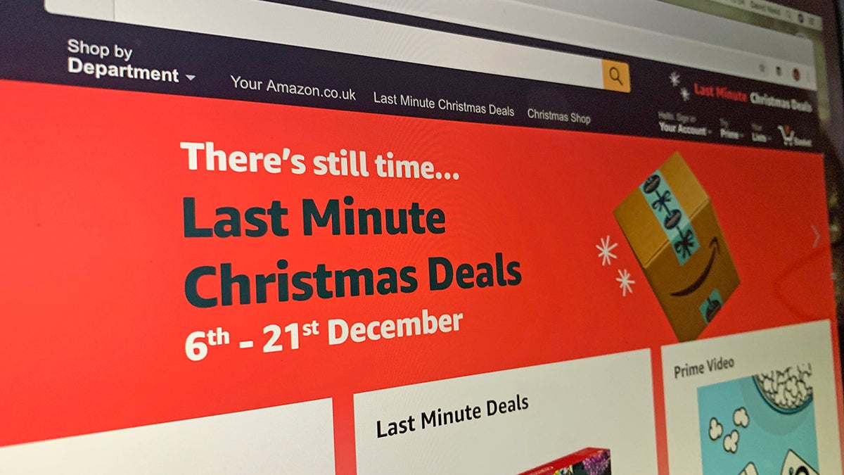 How To Spot Genuine Discounts During Your Christmas Shopping With Just Your Browser