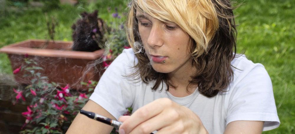 Cool Teens Prefer 'Unicorn Puke' Flavored E-Cigs