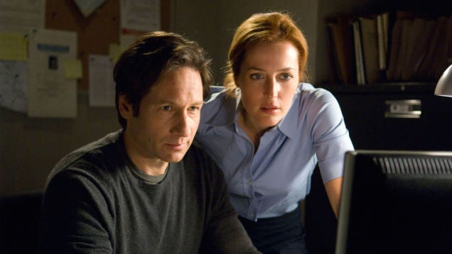 Holy Crap, The X-Files Is (Briefly) Coming Back