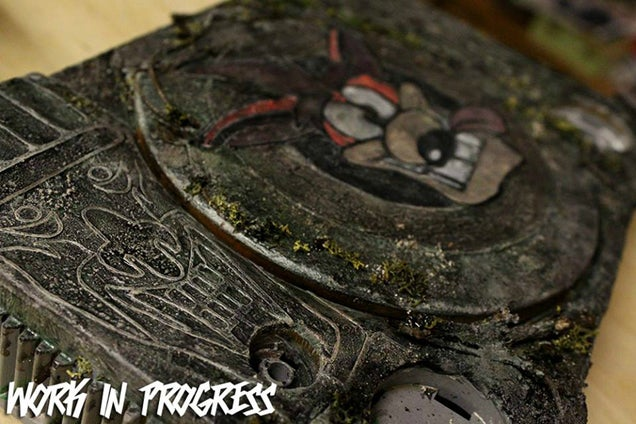 Custom PlayStation Based on Crash Bandicoot