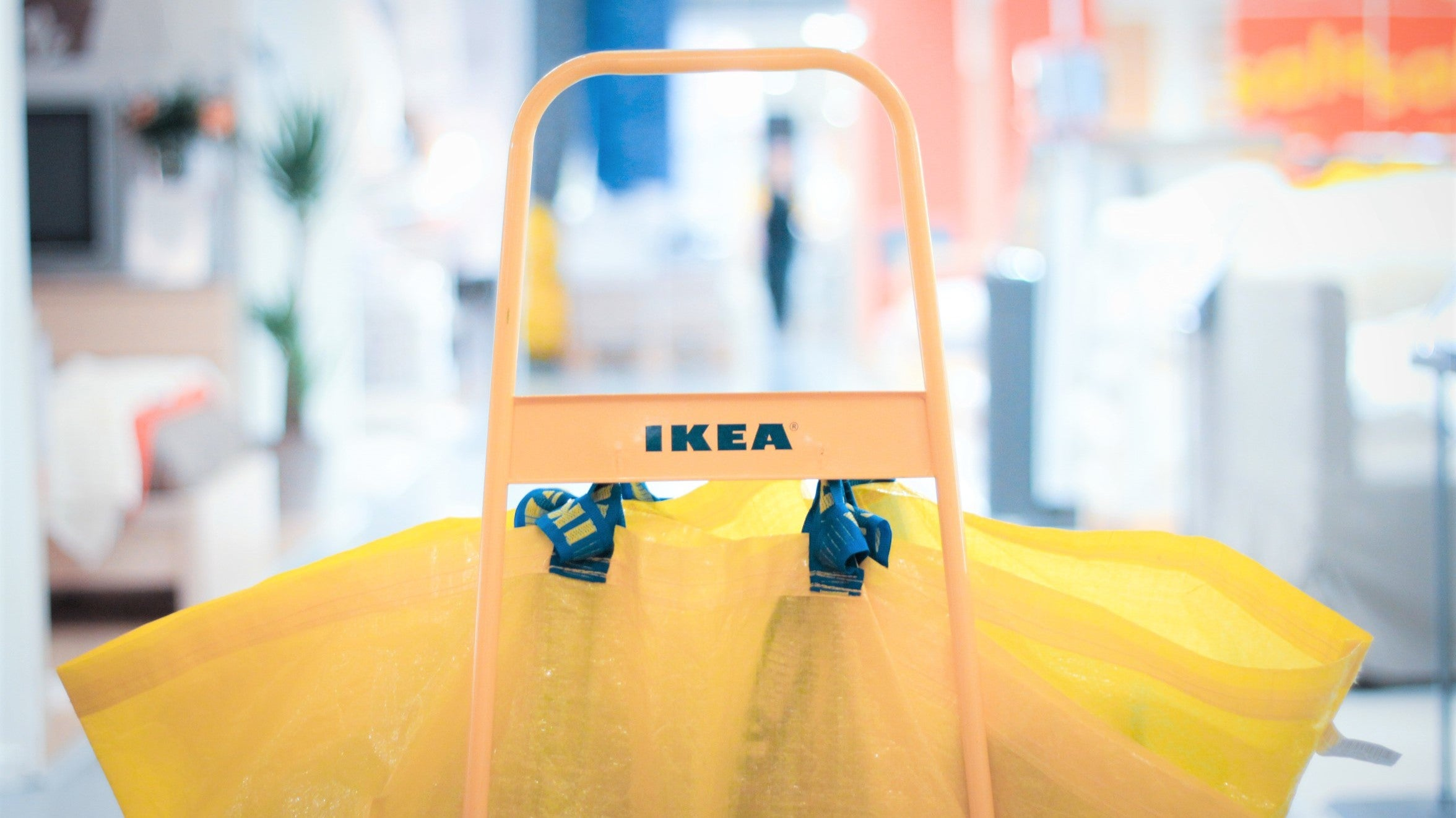 Going On A Trip To IKEA As A Couple Without Breaking Up