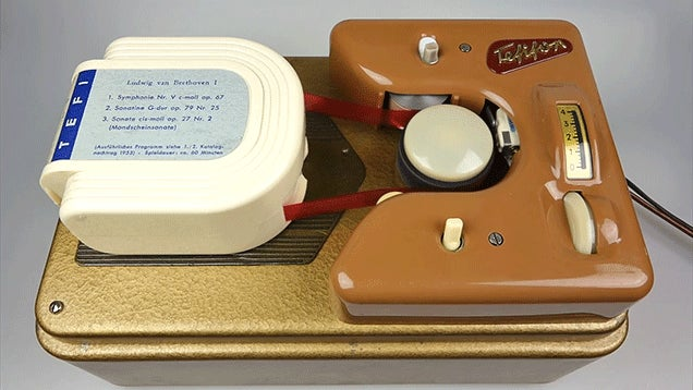 A Look at the Tefifon, Germany's Doomed 1950s Music Player