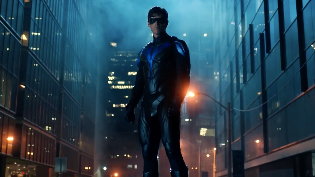 Titans' Nightwing Finally Appears In An Epic Season 2 Finale Trailer