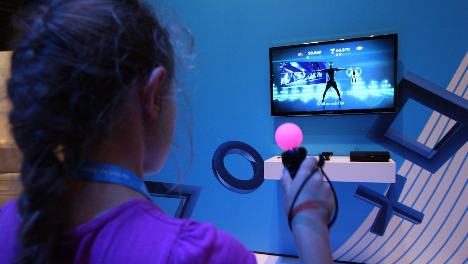 Why You Should Encourage Girls To Play Video Games