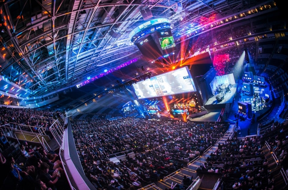 What It's Like To Be A Professional Video Game Commentator