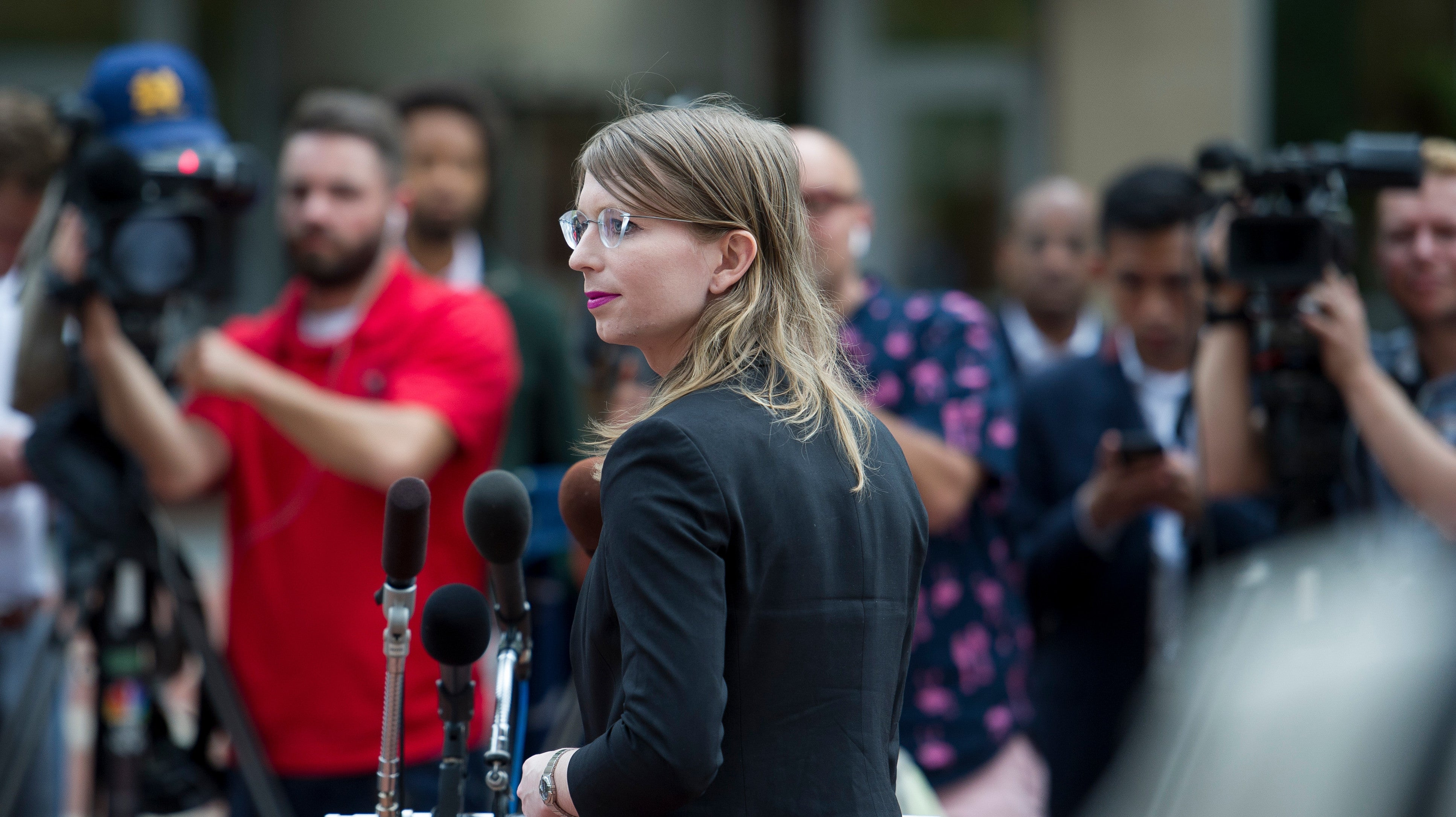 Chelsea Manning's Lawyers Ask Again For Her Release, Say She'll Never 'Betray Her Principles'