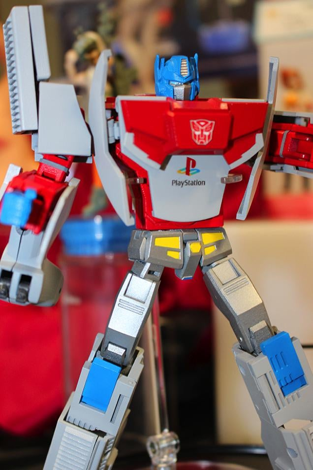 The PlayStation Optimus Prime Transformer Looks Glorious