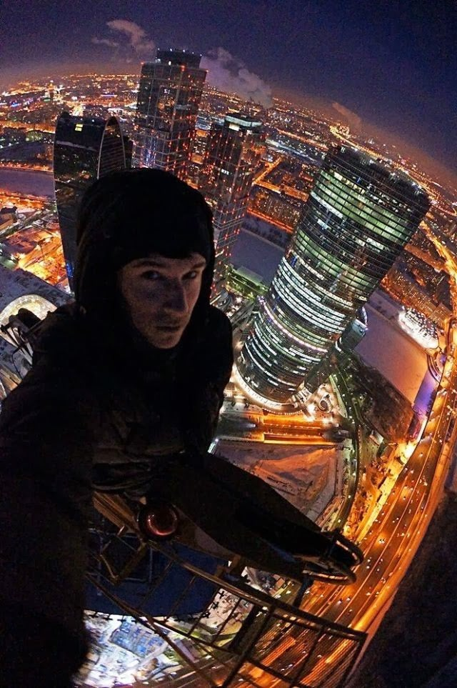 The craziest Russian climber is back with more gonad-shriveling photos