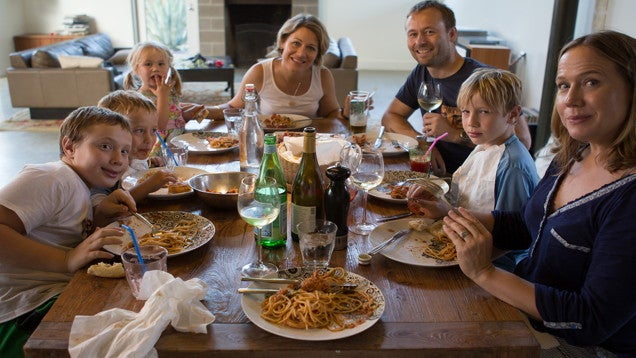 The Real Benefits of Regular Family Meals (Beyond Good Food)