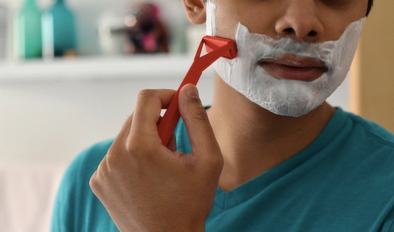 An Origami Razor Uses the Power of Paper Cuts To Shave
