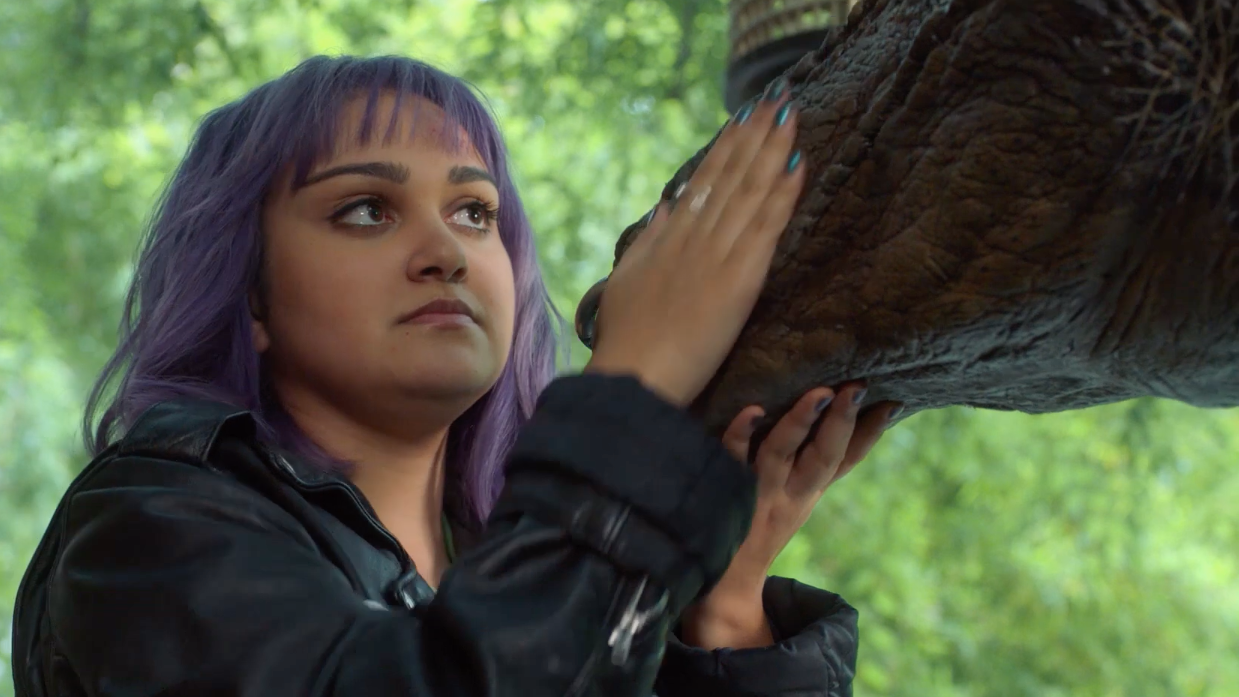A New Runaways Season 3 Clip Teases Big Changes For Gert And Old Lace