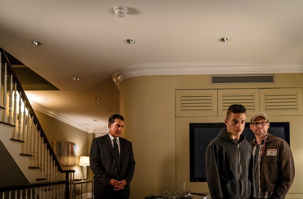 Holy Crap the End of Last Night's Mr. Robot