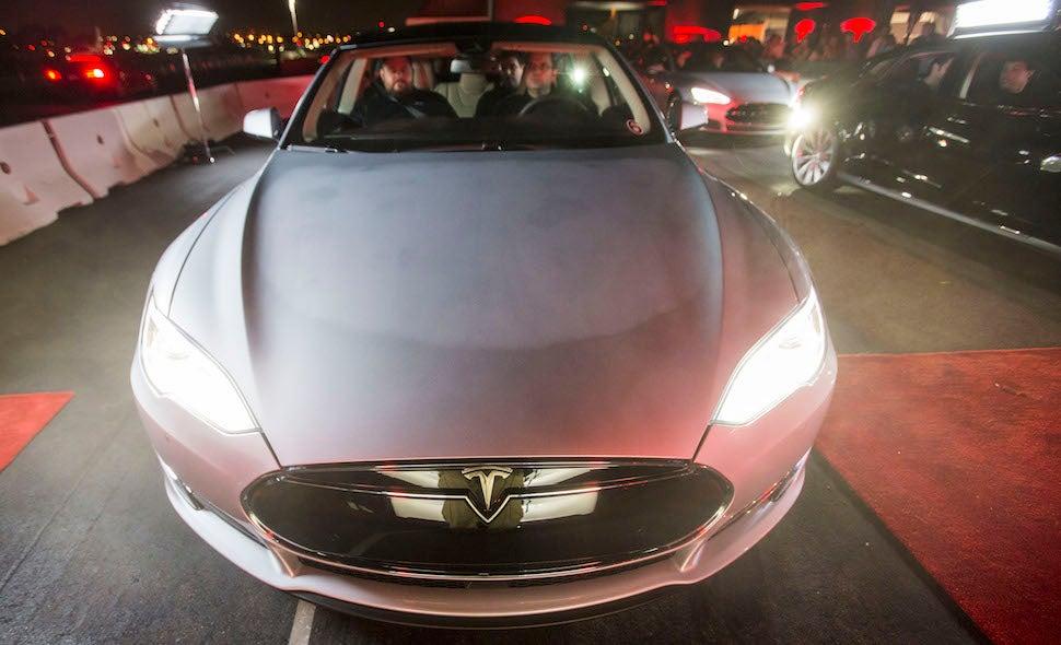 Tesla Sued Because 'Insane Mode' Not Insane Enough