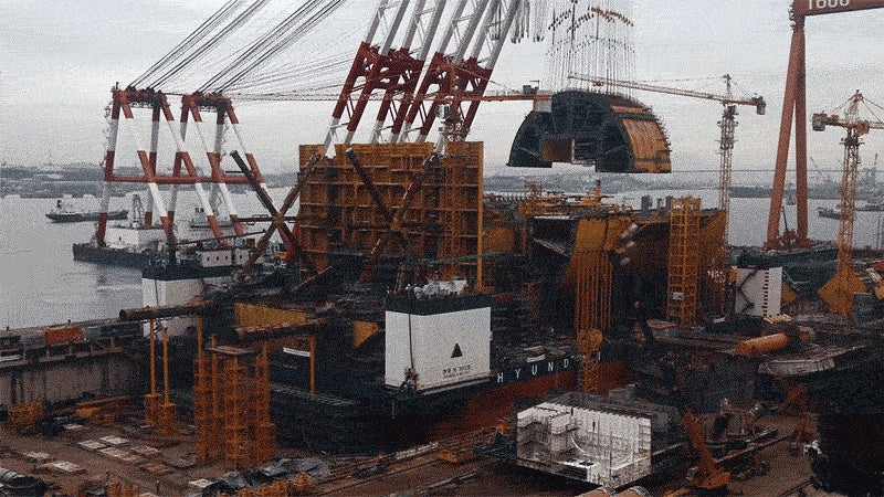 Watch This Enormous Floating Crane Lift a Giant Piece of an Offshore Gas Platform