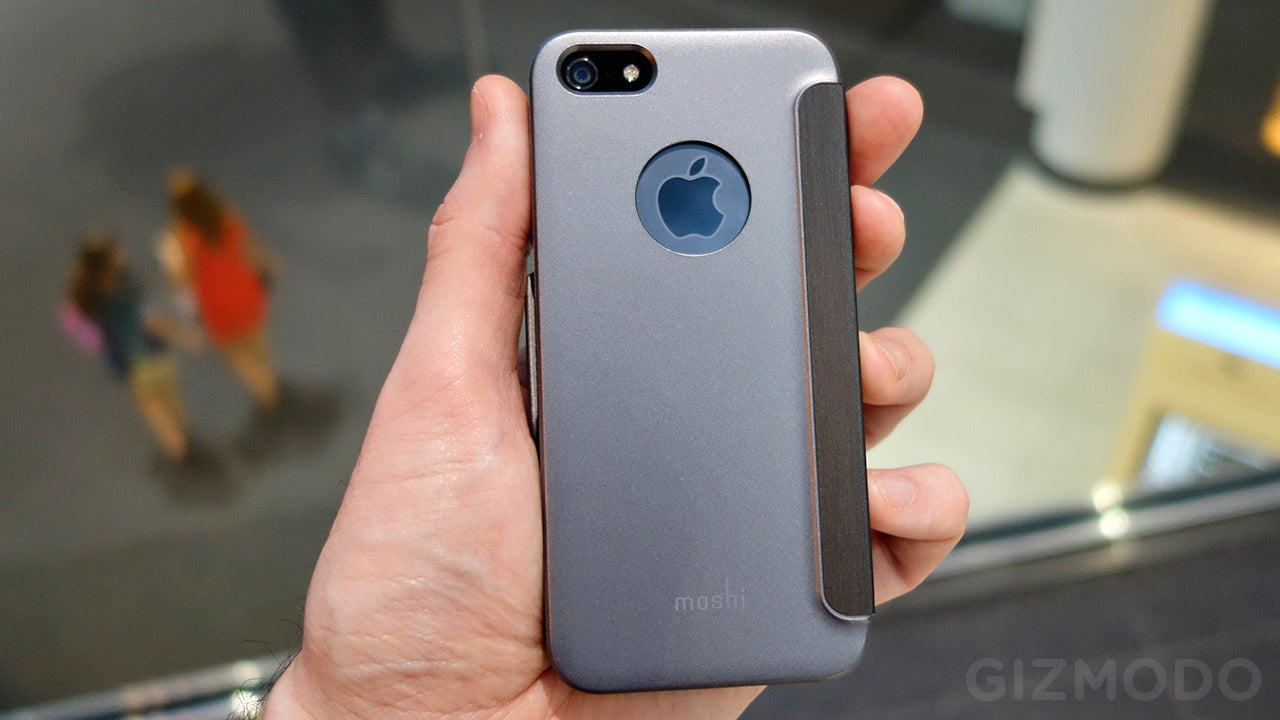 Moshi SenseCover Review: Answer Your iPhone Without Opening Its Case