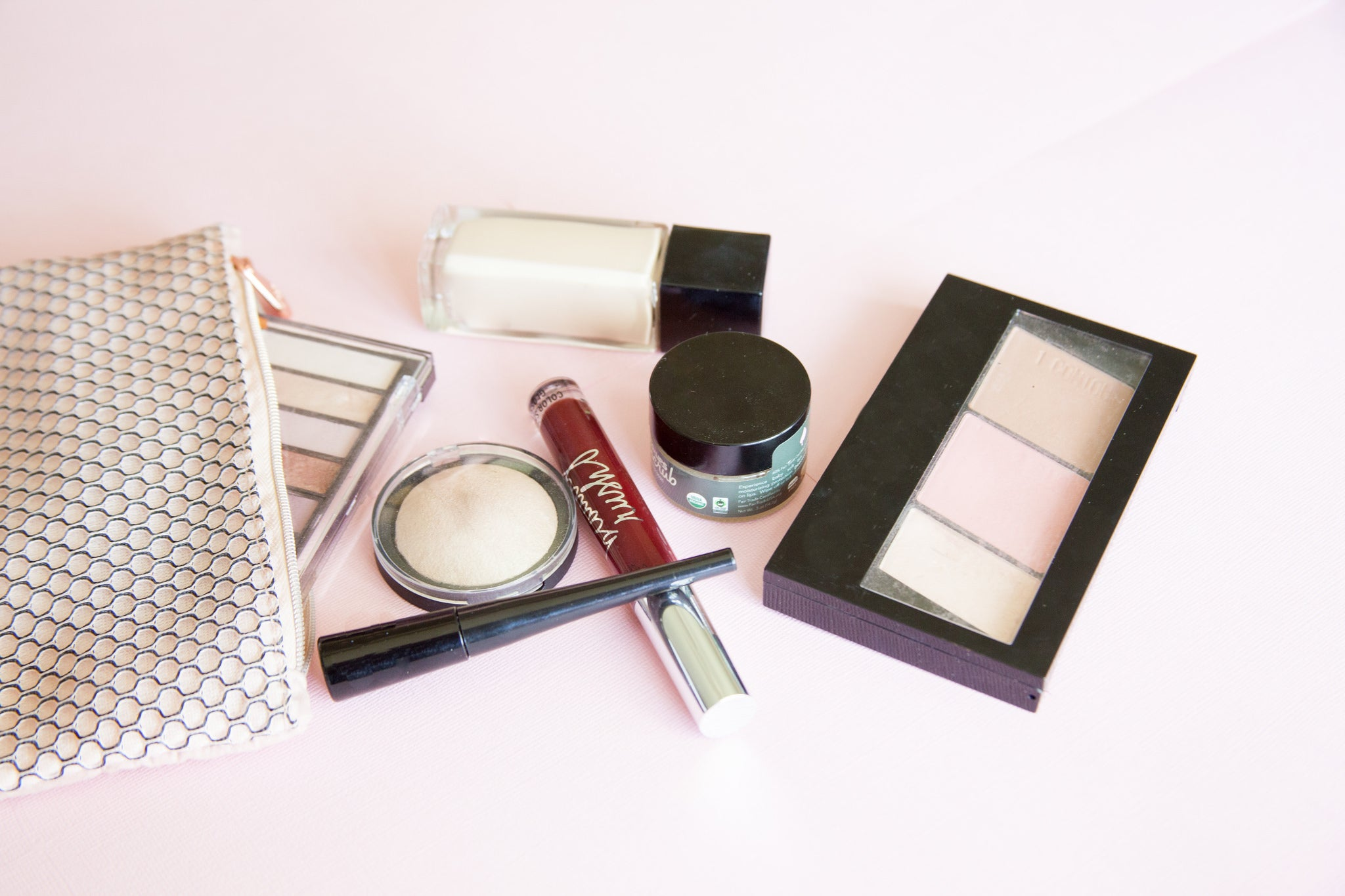 How To Pack The Perfect Beauty Bag For Travel