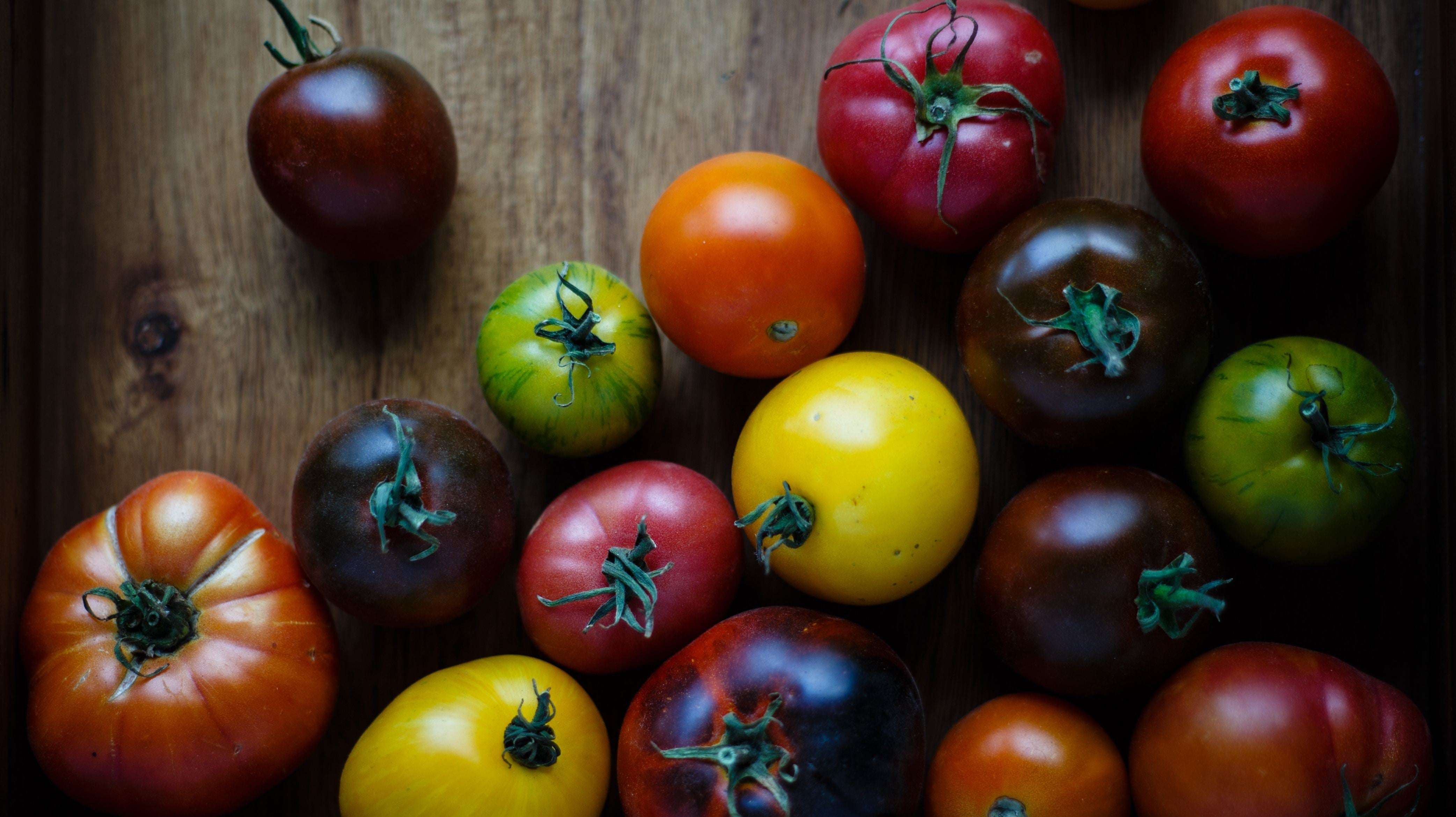 Seeding Tomatoes Is A Waste Of Time (And Flavour)