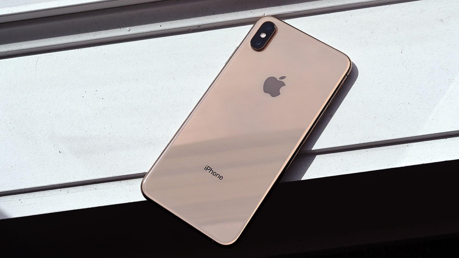 Latest iPhone Rumours: Apple Adding The Stuff Samsung Already Has