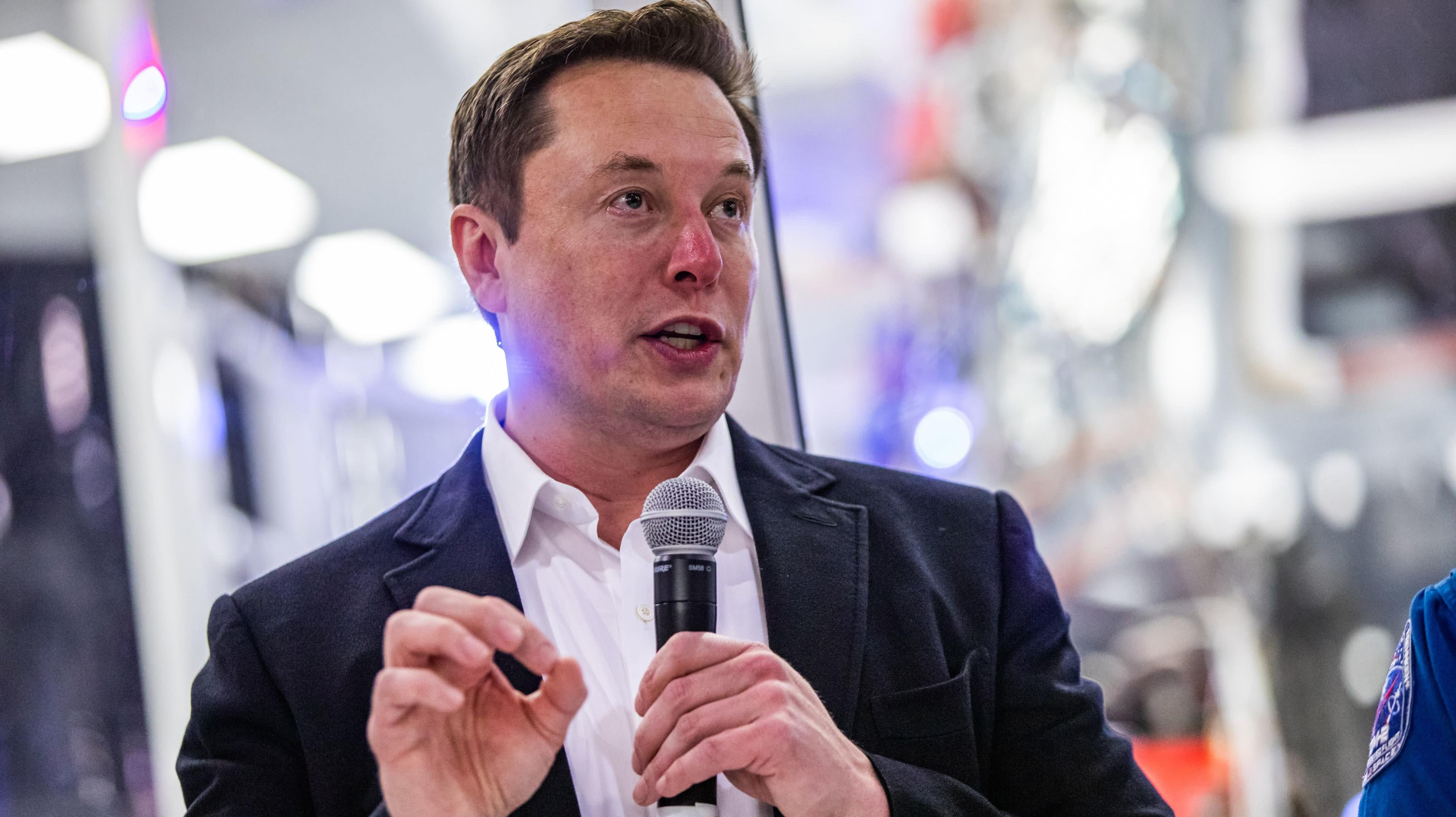 Elon Musk: A New Life Awaits You On The Off-World Colonies, For A Price
