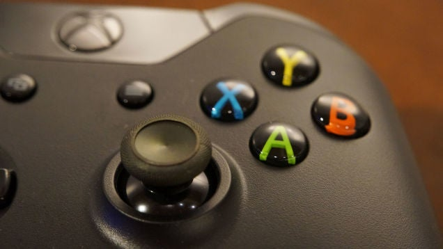 You Can Now (Officially) Use An Xbox One Controller On The PC
