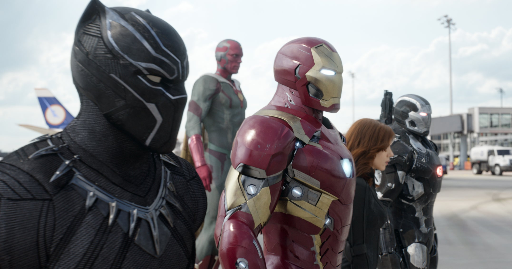 Even Captain America and Iron Man Would Agree the Civil War Blu-Ray Is a Must-Own
