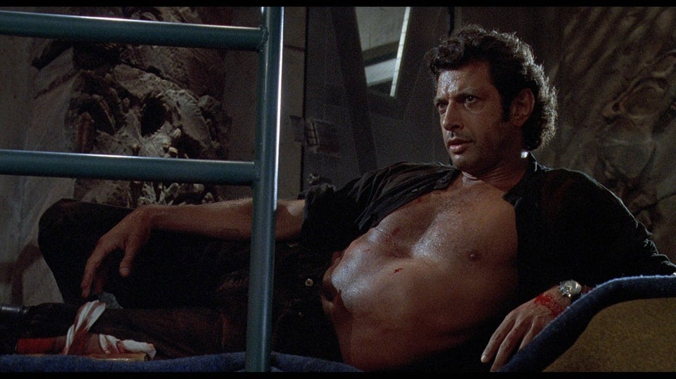 Jurassic Park's Shirtless Jeff Goldblum Is Now A Giant Statue, Let's All Worship It As A God