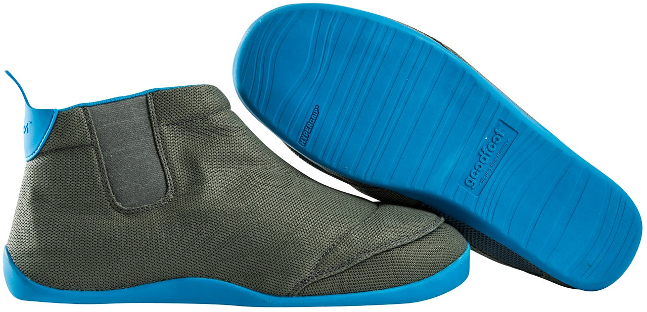 These Vented Slippers Breathe With Every Step to Prevent Hot Foot