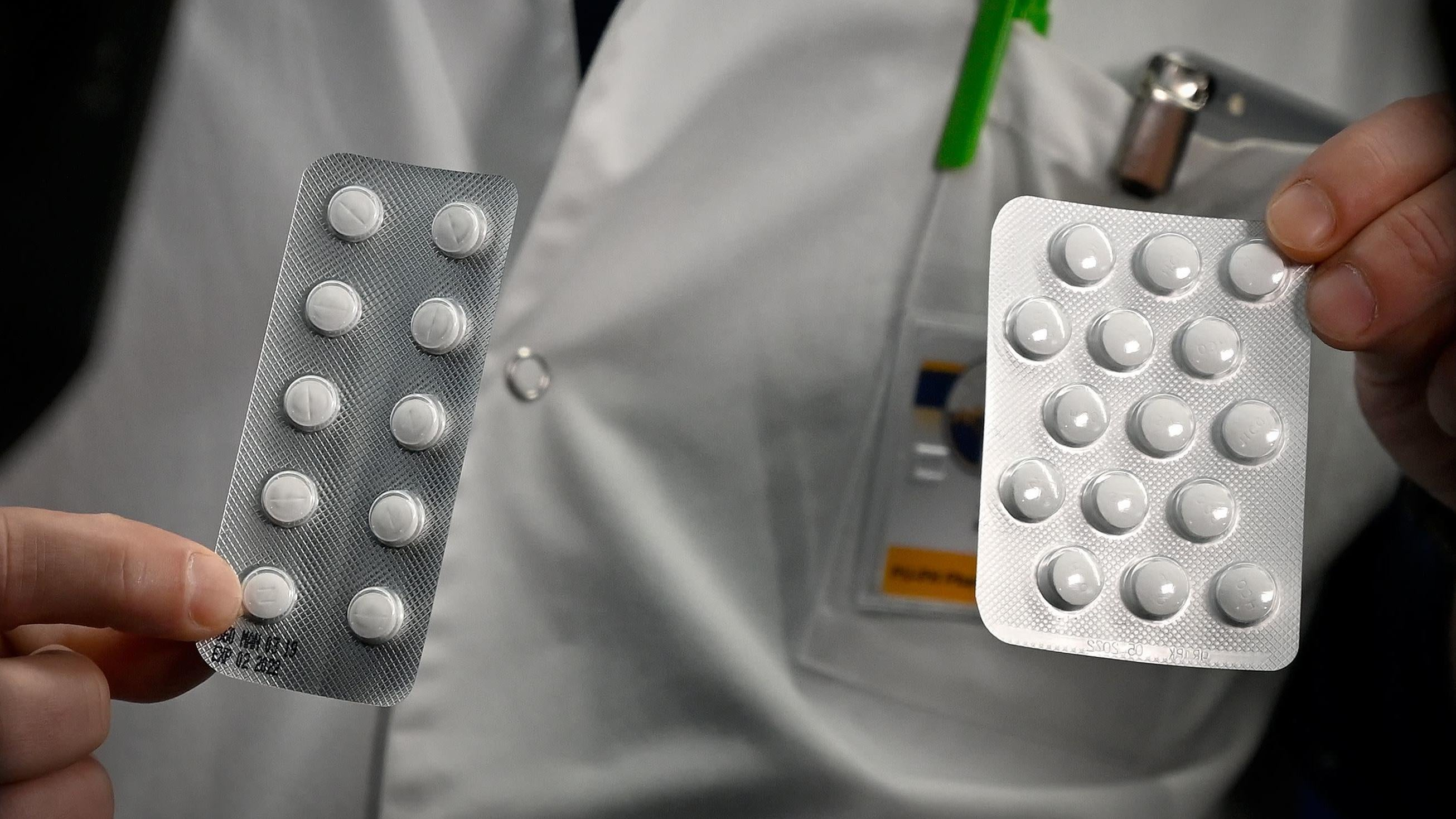 Top US Vaccine Official Says He Was Demoted For Pushing For More Science On Hydroxychloroquine