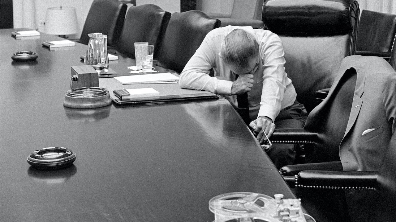 No, Lyndon B. Johnson Isn't Mourning Vietnam War Deaths In That Viral Photo
