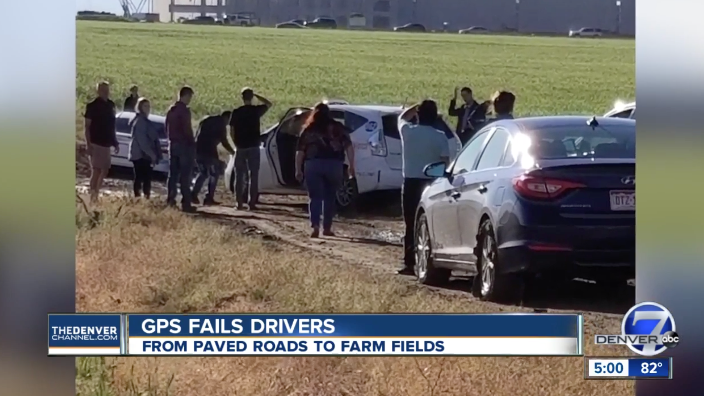 Dozens Of Colorado Drivers Got Stuck After Blindly Following Google Maps Into A Mud Pit