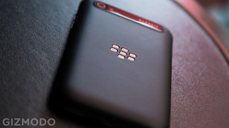 The US Senate Will Finally Stop Using Blackberrys