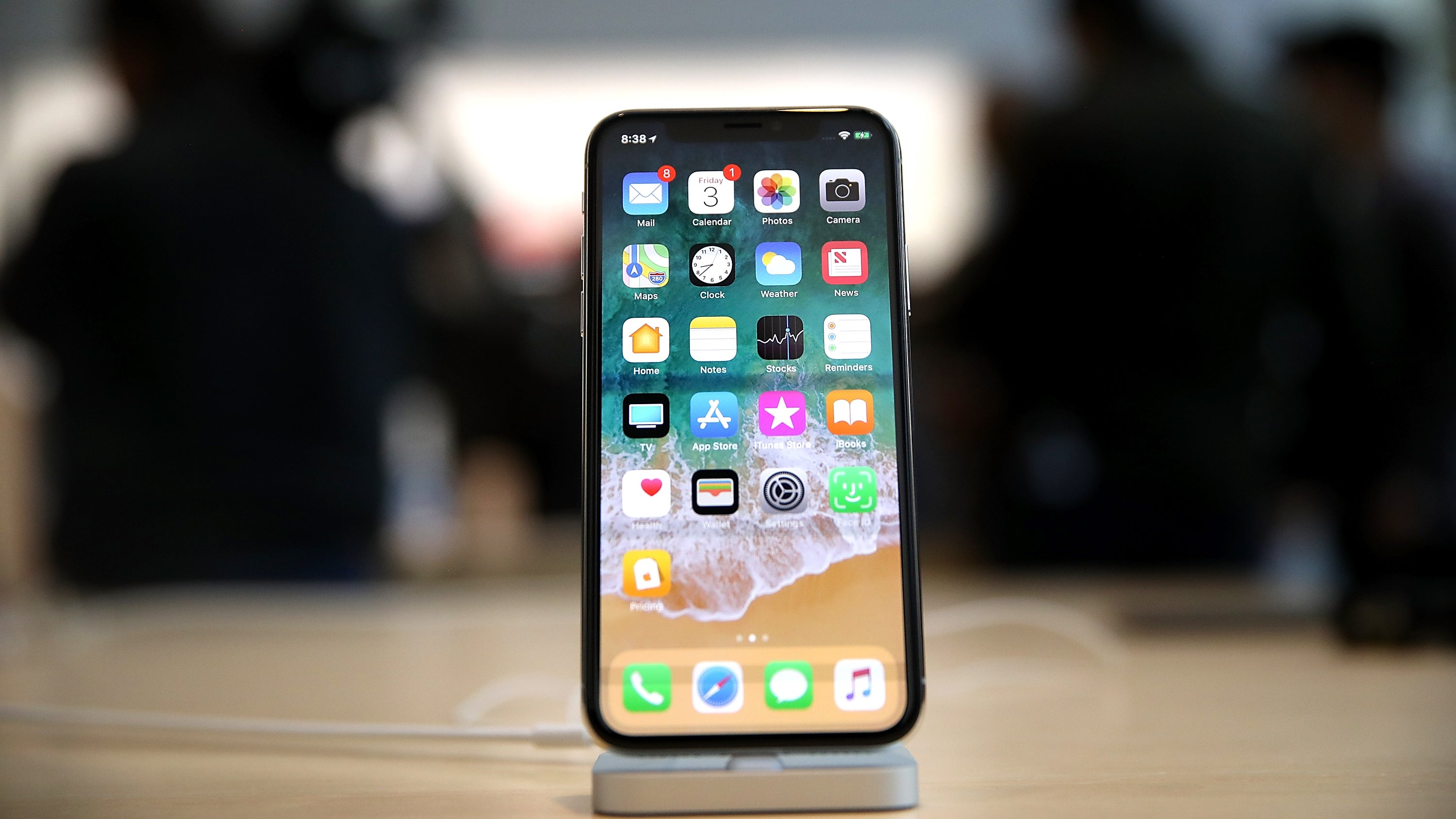 iOS 11 Is So Broken That Apple Is Reportedly Delaying Features In iOS 12