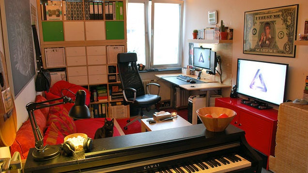 The Organised Dorm Room Workspace