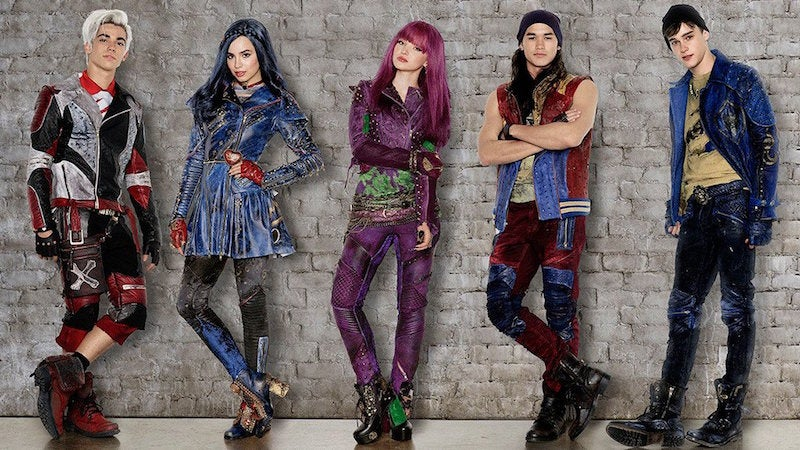 Descendants 2 Expands And Amplifies The Already Bad Clothing Choices Of Disney's Kid Villains