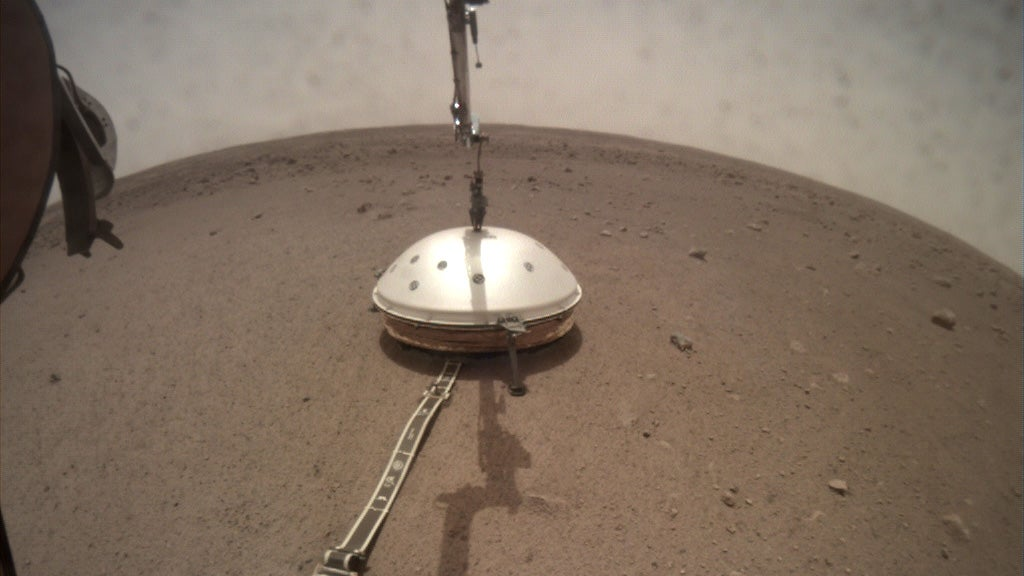InSight's Marsquake Detector Gets A Nifty Dome To Protect It From The Harsh Martian Environment