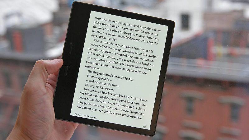 Is Amazon's Waterproof Kindle Oasis Worth The Money?